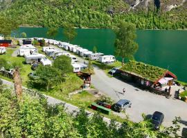 Olden Camping Gytri, Olden