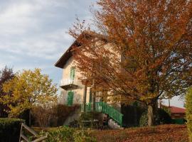 Romantica casa di campagna in Govone - Roero, Govone (San Martino Alfieri yakınında)