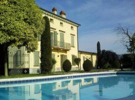 Casa Milena, Castel d'Azzano