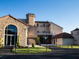 Gîte Chez Simone Castel d'Alzac, Saint-Jean-d'Alcapiès (рядом с городом Лаура)