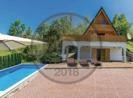 House with Pool and Sauna