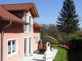 Ferienhaus am Waldrand, Breitenbrunn (Dietfurt yakınında)