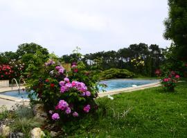 Maison de vacances avec piscine, Bouglon (рядом с городом Ruffiac)