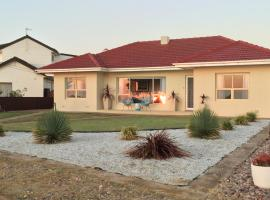 Jewel of the South Beachside Holiday Rental, Tumby Bay