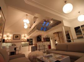 Casa Gran : )