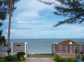 Pranburi Beach Front House