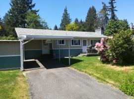 Holly Hills Vacation Rental, Campbell River (Thurlow yakınında)