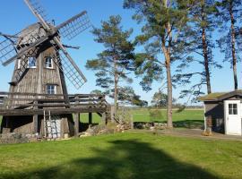 Windmill - Summer house, Mõega (Hellamaa yakınında)