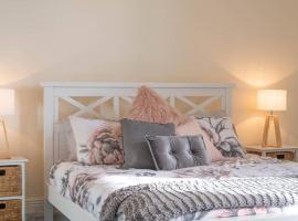 1 Bedroom Rosemount on Macfie - next to the CBD, Devonport (Spreyton yakınında)