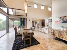 Tranquil 4 Bedroom Luxury Home With Pool & Parking, Gold Coast (Mudgeeraba yakınında)