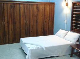 DockYard Inn - Trincomalee