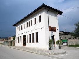 Hotel Agreno, Berat (Çorovodë yakınında)