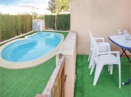 Three-Bedroom Holiday Home in Cartagena, Эль-Кармоли (рядом с городом Лос-Уррутьяс)