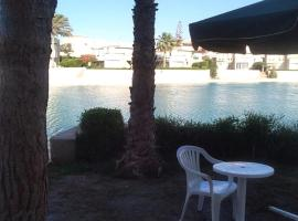 Virginia Beach Villa North Coast - Families only, El Alamein (Al Qaşabah ash Sharqīyah yakınında)