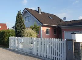 Ferienhaus in Marchtrenk, Marchtrenk (Allhaming yakınında)