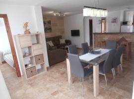 Apartamento de 3 habitaciones con piscina, Алькоссебре