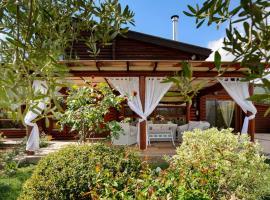 Lakkia - Wooden Residence, Lakkiá (рядом с городом Agios Antonios)