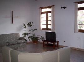 Monasterio Benedictino Santa Maria De Los Toldos, General Viamonte (Lincoln yakınında)
