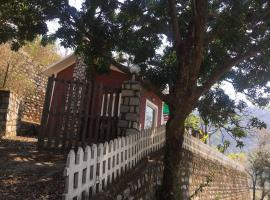 myst cottage, Рамнагар (рядом с городом Kālāgarh)