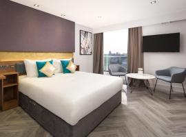 Roomzzz London Stratford