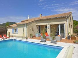 Bungalow for 8, with pool, Argeliers