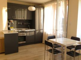 Forest apartment close to the metro station