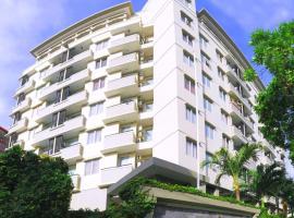 Hotel Golden Sky Pluit, Джакарта (рядом с городом Muarakarang)