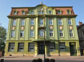 Grand Hotel Praha, Jičín (Nemyčeves yakınında)