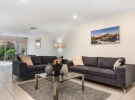 Close to City - Spacious 3 Bedroom Townhouse