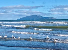 Otaki Beachfront Getaway, Otaki Beach