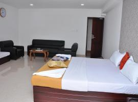 Hotel Sountharyaa, Tenkāsi (рядом с городом Kuttālam)
