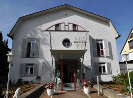 Villa Waldperlach, Münih (Neubiberg yakınında)