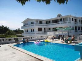 Hotel Continental, Dargout (рядом с городом Tabarre)