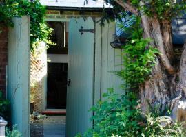 Yew Cottage Studio, Steyning