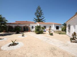 Villa Patio, Els Poblets (Miraflor yakınında)