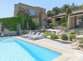 Villa contemporaine avec piscine et sauna, Lamanon