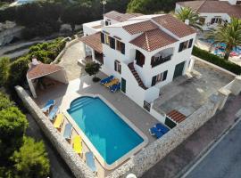 Villa Forcat, Ciutadella (Cala en Forcat yakınında)