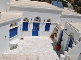 Traditional Cycladic villa in Tinos island, Тинос (рядом с городом Platiá)