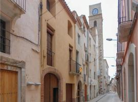Five-Bedroom Holiday Home in Montbrio del Camp, Montbrió del Camp (Botarell yakınında)