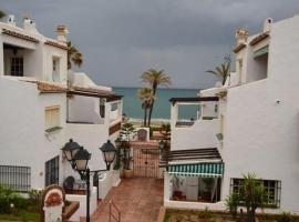 Puerto de la duquesa beach apartment, Castillo de Sabinillas
