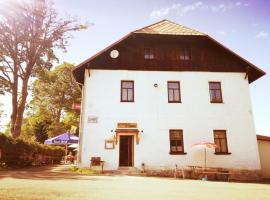 Penzion Vozzýk, Nové Hutě (Šindlov yakınında)