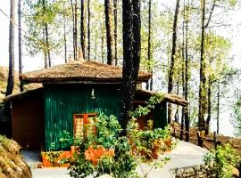 Farmhouse for a large group in Bageshwar, by GuestHouser 24342, Gwāldam