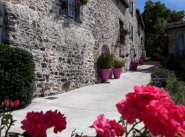 Gîtes de Prune, Nant (рядом с городом Combe-Redonde)
