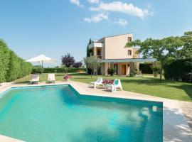 Belus Luxury Villas, Sani