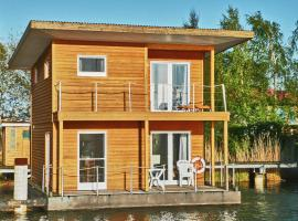 """FLOATING HOUSES Classic - """"Schwimmende Ferienhäuser"""" Barth"""