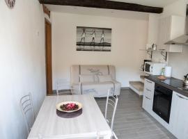 Casa sull'arco, La Spezia (Lunense yakınında)