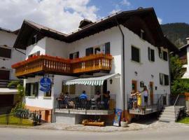 Meuble Bar Giustina, Auronco di Kadorė