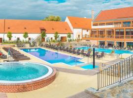 Hotel Zámek Valeč, Hrotovice