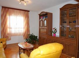 Apartman Matea, Каштел-Стари