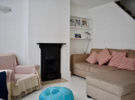 Central Brighton 2 Bedroom House with Garden, Брайтон-энд-Хов (рядом с городом Preston)